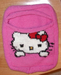 Knitting Pattern For Hello Kitty Sweater : KNITTED HELLO KITTY HANDBAG PATTERN 1000 Free Patterns